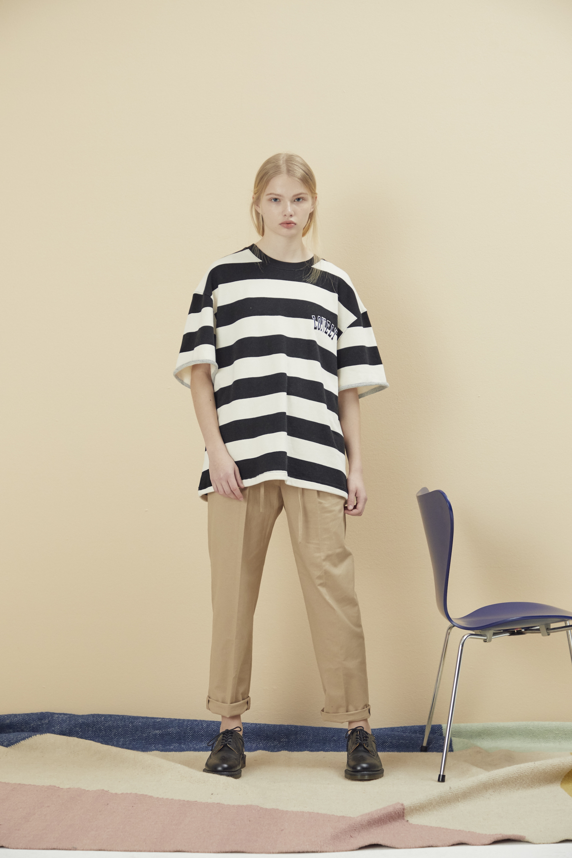 [예약배송] LONELY/LOVELY CROPPED STRIPE SWEATSHIRT BLACK